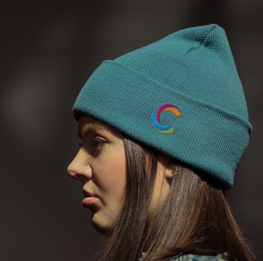 bonnet, logo brodé, ecusson